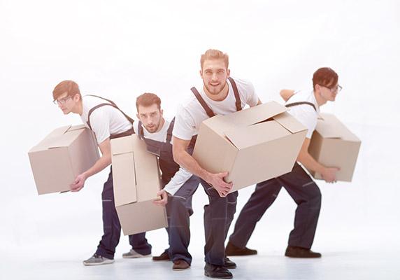 Büroumzug-Teamwork
